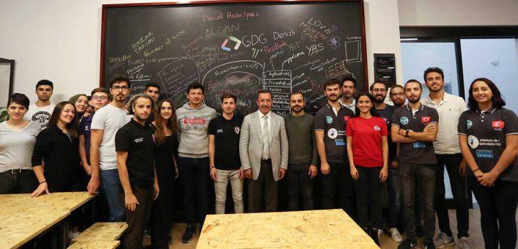 """""""DENİZLİ HACKERSPACE"""" YENİ YÜZÜYLE HİZMETTE"""