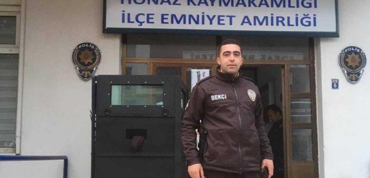 POLİS KAZAYLA HEM KENDİNİ HEM BEKÇİYİ VURDU